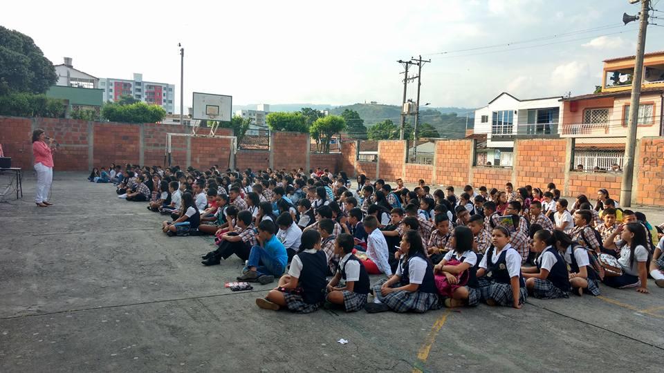Bienvenida a estudiantes